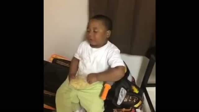 Kid Falling Asleep Real Quick | Toddler Falls Asleep While Eating | Funny Black People