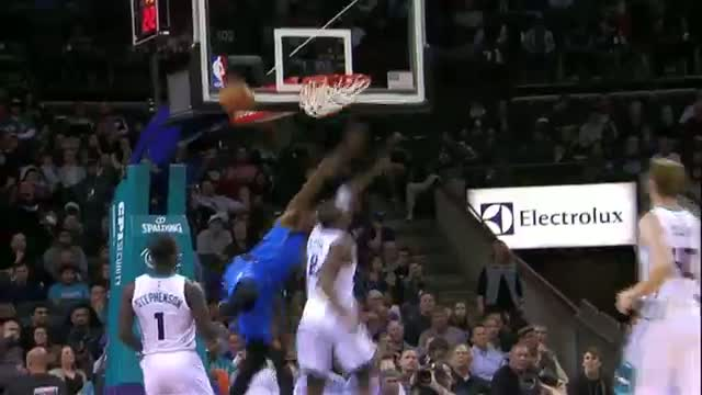 NBA: Al-Farouq Aminu Stings the Hornets Defense
