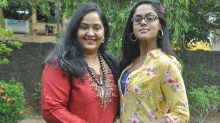 Following Karthika and Thulasi Radha introduces her son Vignesh | New Tamil Movie | Hot News