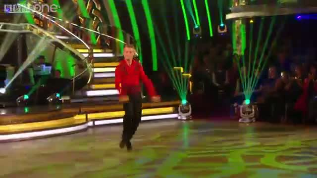 Strictly Come Dancing 2014: Strictly Pros dance to Danny Boy and Lord of the Dance