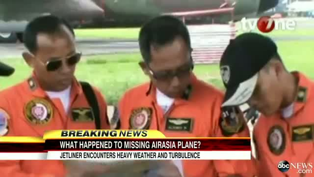 Aviation Expert on What May Have Happened to the AirAsia Plane Video