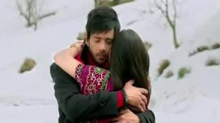 Khub Ho Khoobsurat Ho Song - Hum Tum Dushman Dushman (2015)