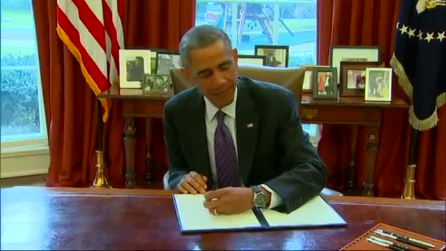 Obama Pushes Paid Leave for Working Parents