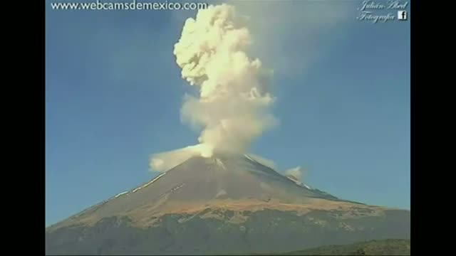 Two Volcanoes Spew Ash in Mexico Video