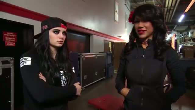 Rosa Mendes and Paige offer Cameron advice about Alicia Fox: WWE Total Divas, February 8, 2015