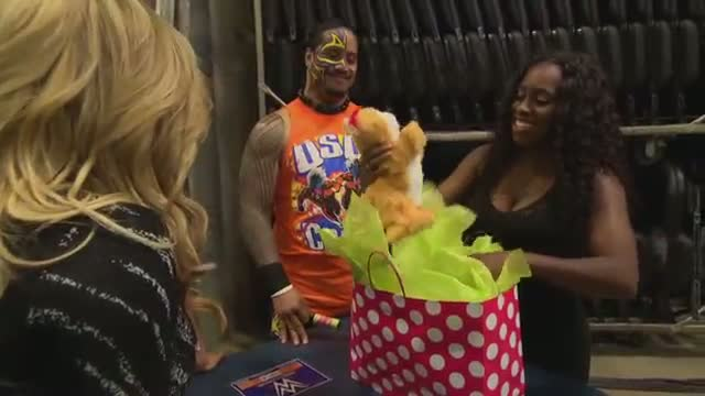 Natalya thanks Naomi and Jimmy Uso for their hospitality: WWE Total Divas Bonus Clip, February 8, 2015