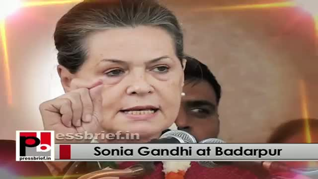 Delhi polls - Sonia Gandhi takes on BJP, AAP for making false promises