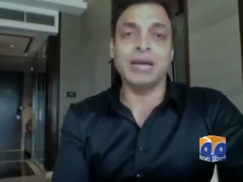 Shoaib Akhtar Gets Angry on Comparing Misbah ul Haq With Imran Khan