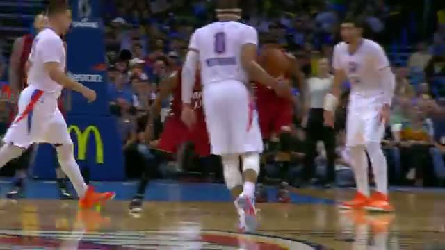 NBA: Russell Westbrook Keeps Rolling with 10th Triple-Double