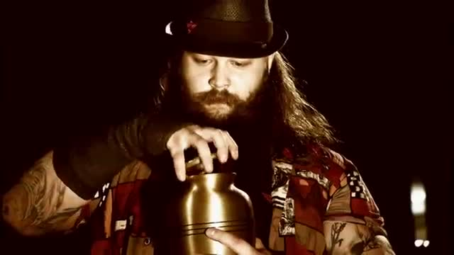 Bray Wyatt and The Undertaker prepare to go head-to-head at WrestleMania: WWE SmackDown, March 26, 2015