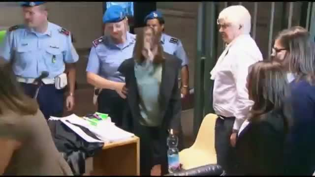 Amanda Knox murder conviction overturned by Italy high court