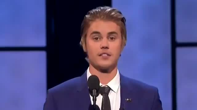 Justin Bieber Roasting - Kevin Hart, Chris DeLia, Shaq, Ludracris, Snoop Dogg, and More! (HD)