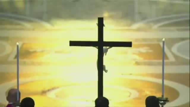 Pope Leads Good Friday Service