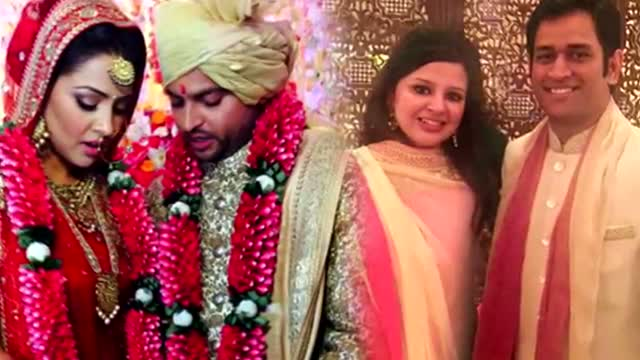 MS Dhoni With Wife Sakshi ATTENDS Suresh Raina's WEDDING