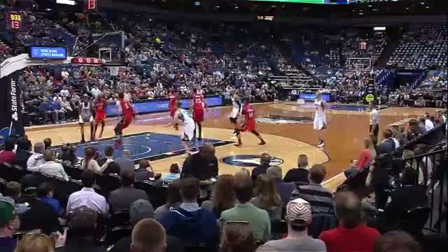 NBA: Andrew Wiggins Elevates for the Huge Poster Slam on Asik