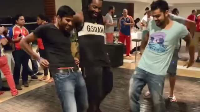 Virat Kohli And Chris Gayle Dancing In RCB Private Party Leaked Video