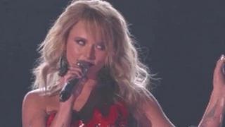 Country Music Awards 2015 - Miranda Lambert - Mama's Broken Heart - ACM Awards 2015 (50th) 4-19-15