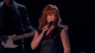 ACM Awards 2015 Full Show - Reba McEntire - Fancy - Country Music Awards 2015 - (4-19-15)