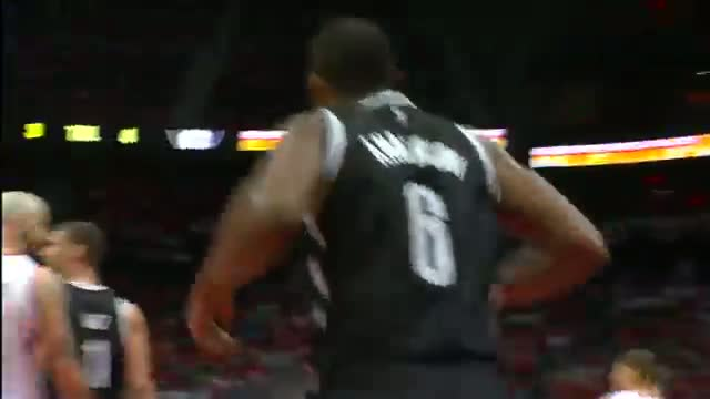 NBA: Alan Anderson Drives in for the Ferocious Finish