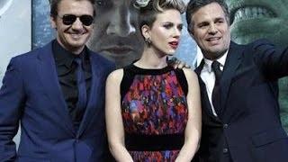 'Avengers' Stars Embrace a Cinematic Universe
