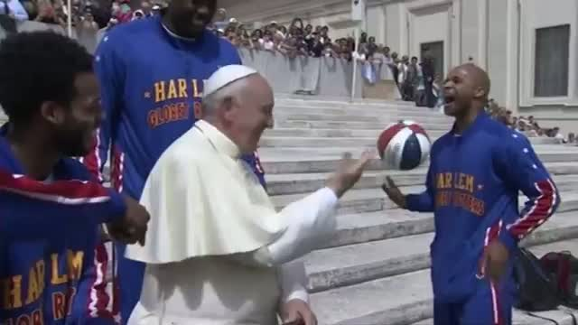 Globetrotters Teach Pope New Tricks