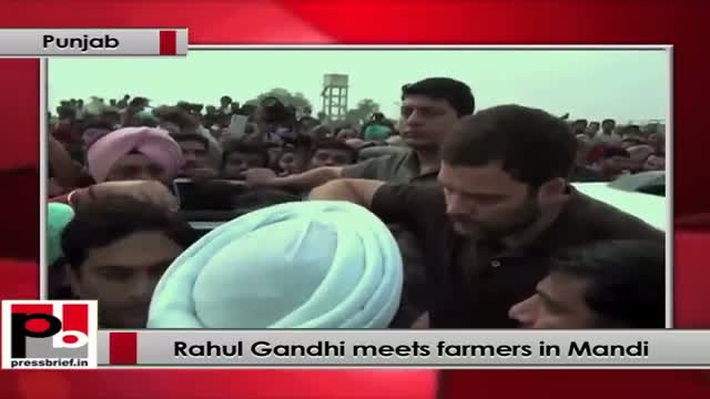 Rahul Gandhi meets farmers in Mandi
