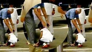 Aishwarya's daughter Aaradhya Bachchan seeks grandfather's blessing | UNCUT VIDEO