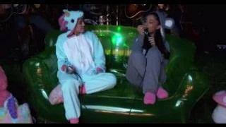 Ariana Grande & Miley Cyrus Release Hot New Duet 'Don't Dream It's Over'