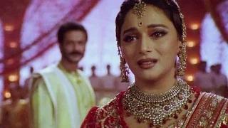 Madhuri Dixit slaps Milind Gunaji - Devdas (2002)