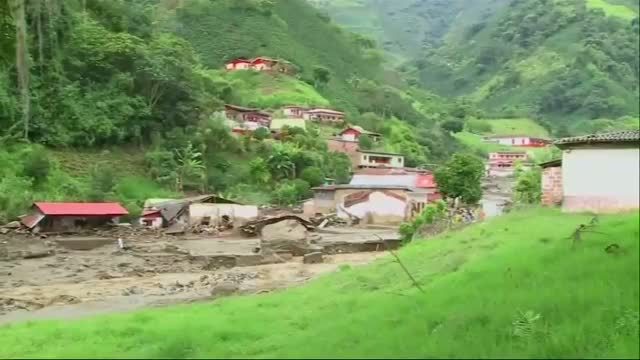 Avalanche of Mud Destroys Homes in Colombia