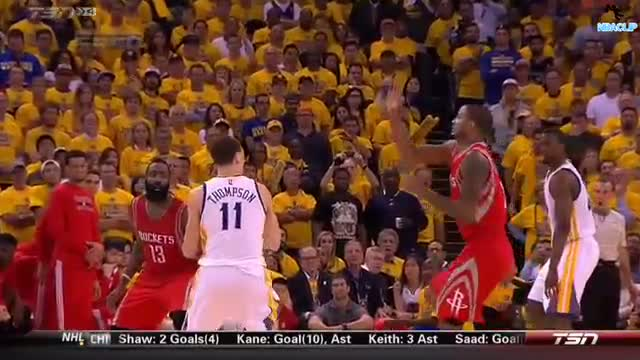Trevor Ariza Knees Klay Thompson's Head | ROCKETS @ WARRIORS West Finals Game 5 | May 27th 2015