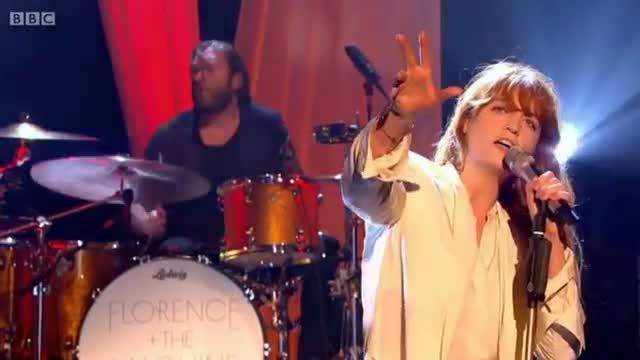 Ship to Wreck - Florence + the Machine (Graham Norton BBC 1)