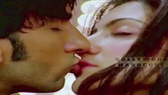 Anushka Sharma Kissing Scene Download
