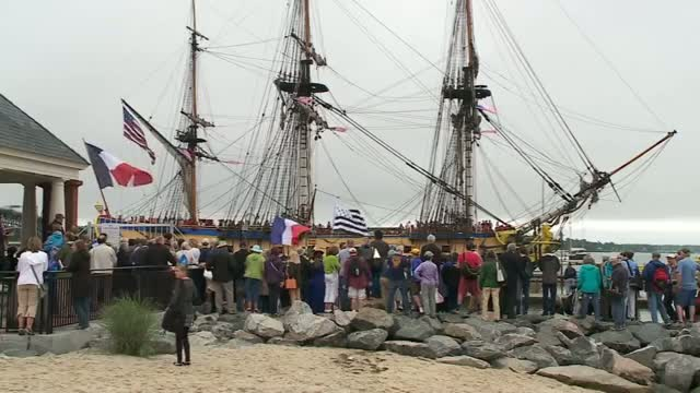 Replica Tall Ship Ship Arrives in U.S.