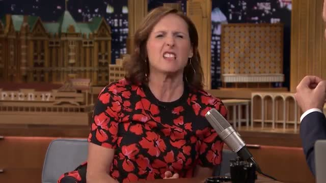 Molly Shannon Dares Her Kids to Do Silly Pranks - The Tonight Show Starring Jimmy Fallon