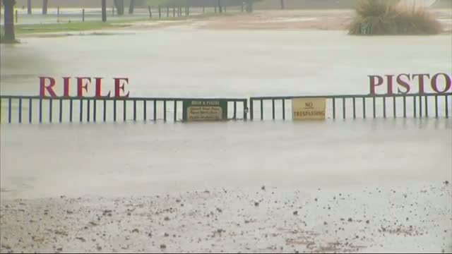 TX. Flood Waters Rise as Storm Moves North