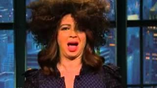 Maya Rudolph does her best Rachel Dolezal