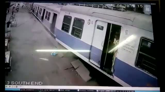 CCTV Footage: Mumbai Local Train Overshoots Platform At Churchgate! [Indian Railways]
