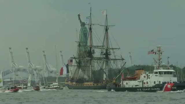 'Hermione' Leads Parade of Ships in NYC