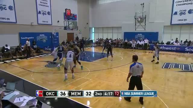 NBA: Jarnell Stokes Goes Toe to Toe with Mitch McGary