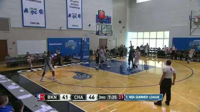 NBA: Frank Kaminsky Lights Up and Claims the Win!