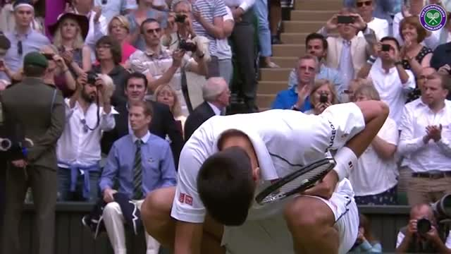 Novak Djokovic gets familiar with the grass - Wimbledon 2015