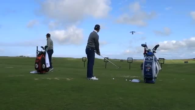 Jordan Spieth almost smashed by Gary Woodland!!!! - British Open