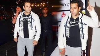Salman Khan Watches Pro Kabaddi League Match U Mumba vs Puneri Paltan