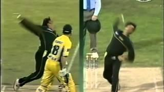 Ricky Ponting can't survive nightmare Shoaib Akhtar over, BOWLED!