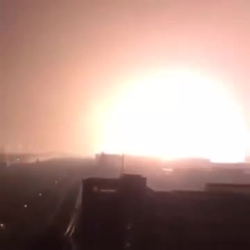 Caught on Camera Massive gas station nuke like explosion Tianjin, China: China Explosion