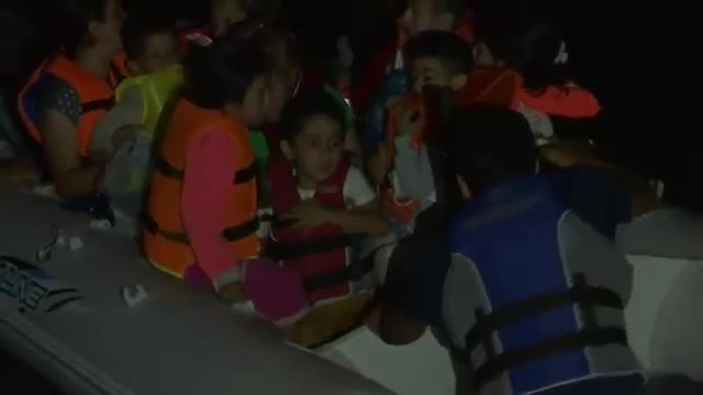 Migrants Board Dinghies To Get To Greece