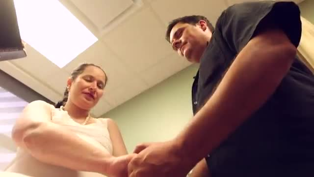 Couple Marries, Gives Birth in Texas Hospital (Video)
