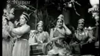 Hum Deewane Tere Se Nahin Talne Wale   Nakli Nawab (1962)   Asha Bhonsle & Mohd. RafI   {Old Is Gold}