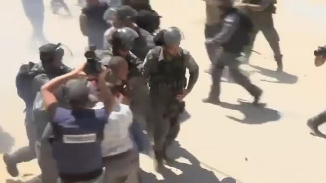 Palestinians Clash with Troops in West Bank